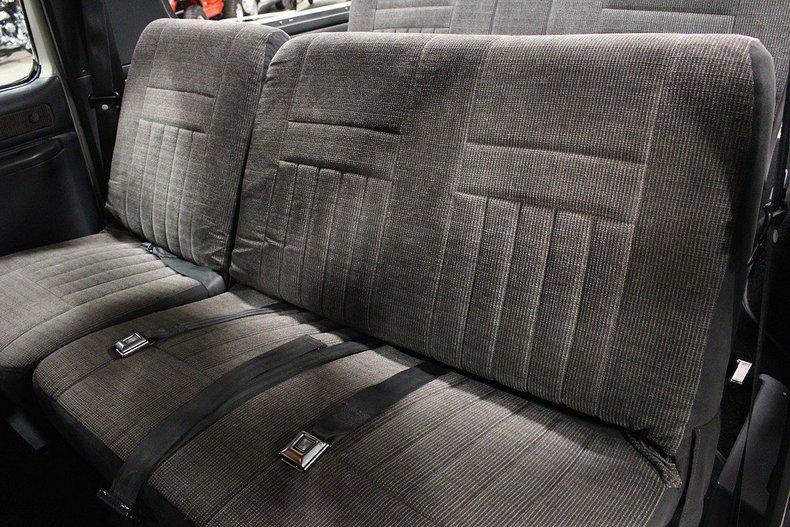 Name:  backseat.jpg Views: 384 Size:  130.5 KB